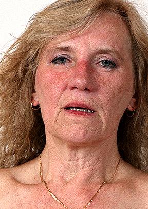 SeniorCunt.com - Astrid F