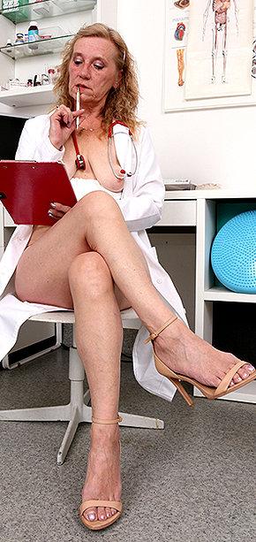 Sexy nurse Astrid
