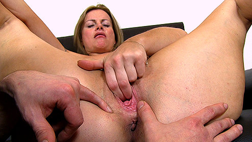 Presents Mature Erin Fingering Pussy Property Sex 1