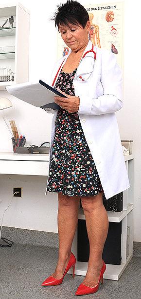 Sexy nurse Elma