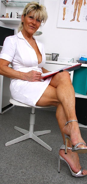Fucking free doctors in pantyhose movies your smoking
