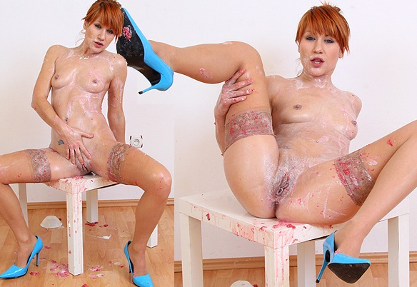 Lucy Bell at MilkyBabes.com
