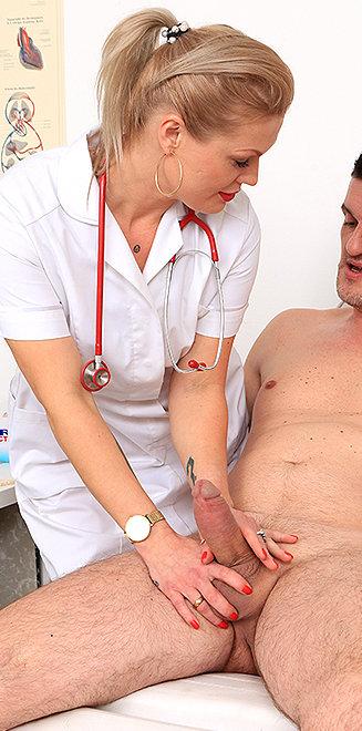 Milf doctor Melita K