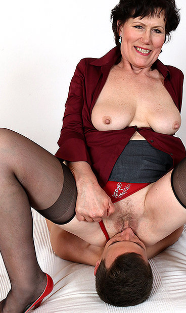 Heels and amateur moms real stockings
