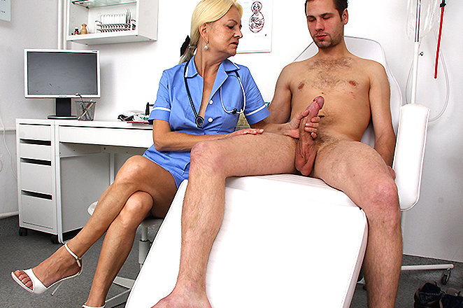 Handjob Mature Boy Young