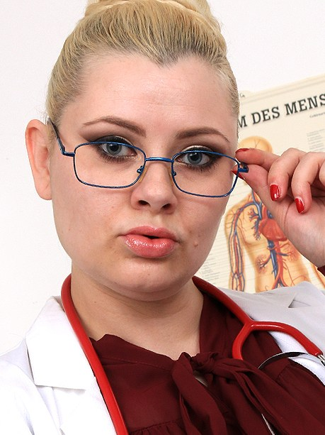 Hot female doctor Alexa Bold