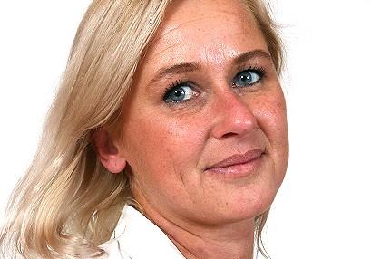 Sexy milf doctor Bruna M at SpermHospital.com