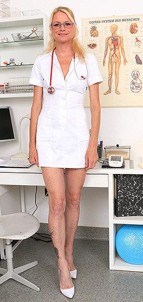 Sexy nurse Debora