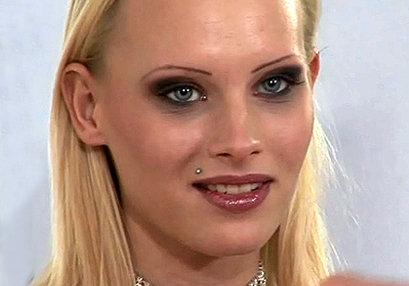 Gitta Blond at MissDP.com