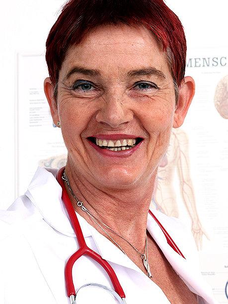 Hot female doctor Libuse