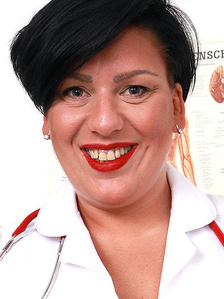 Hot female doctor Melanie T