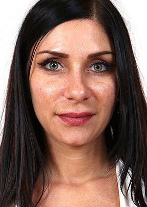 Rachel Evans - old pussy close-ups HD