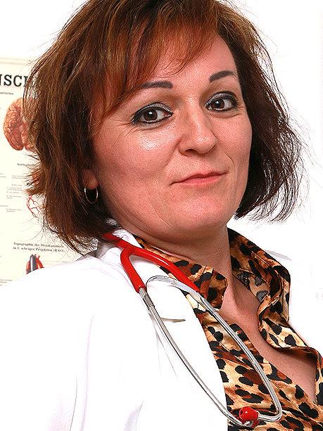 Hot female doctor Rosa T