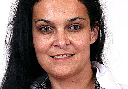 Sexy milf doctor Samira F at SpermHospital.com