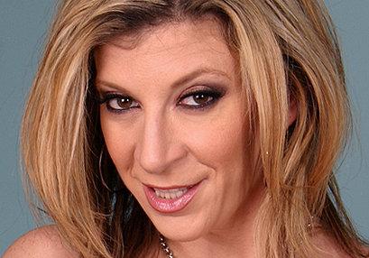 Sara Jay at TurboMoms.com