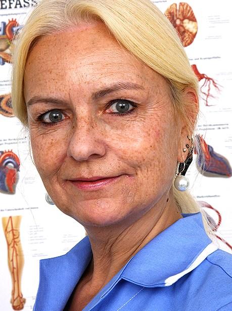 Hot female doctor Vera B